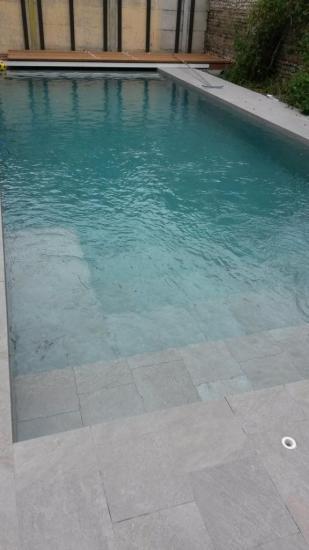 piscine int gr e dans l 39 espace mise en eau. Black Bedroom Furniture Sets. Home Design Ideas